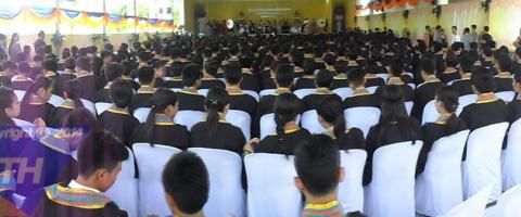 งานรับวุฒิบัตร ปีการศึกษา 2557